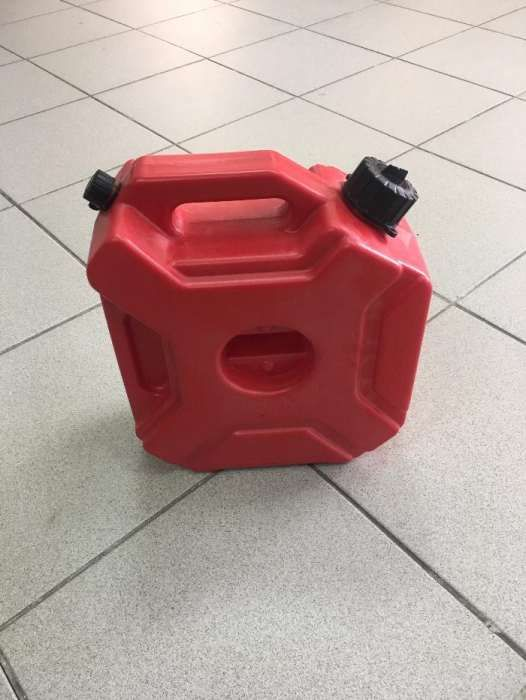 Canistra benzina/motorina 5L ( ATV / Moto / Auto )