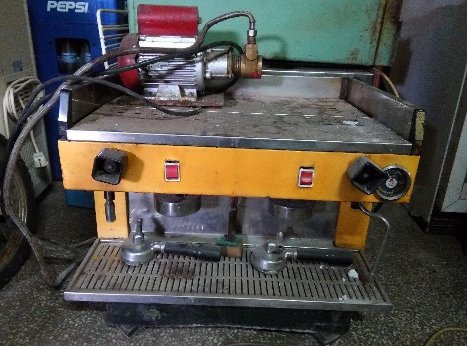 професионална двуглава кафе машина