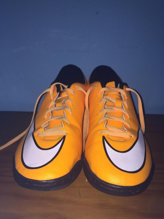 Chuteiras futsal Nike Mercurial Vapor 10 Amarela