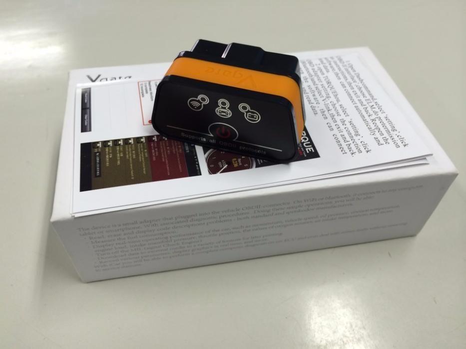 Автосканер Vgate iCar2 сканер блютуз Bluetooth Wi-Fi OBD2 ELM327
