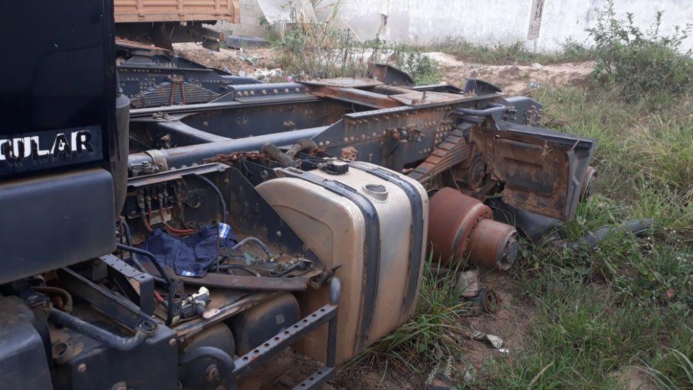 Cabine de volvo fm 440 Viana - imagem 6
