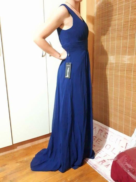 Чисто нови дълги рокли с етикет М размер