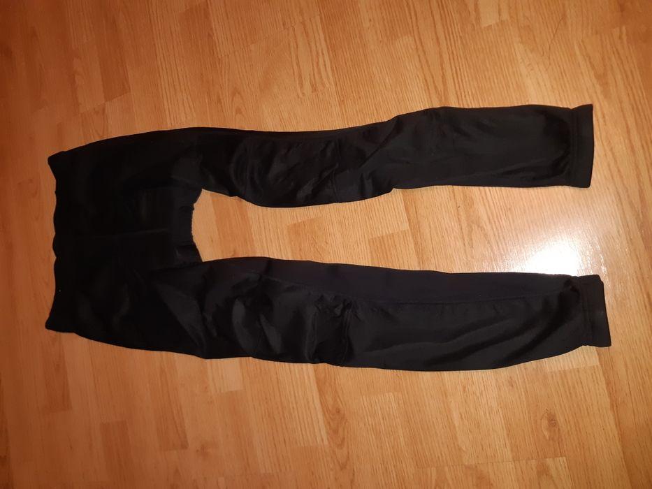 Pantaloni ciclism