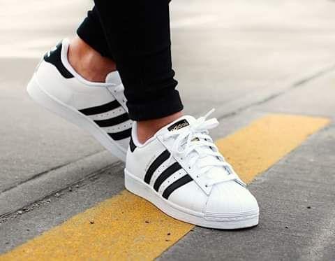 1279a78e9d9 Adidas Superstar - Calçado - olx.co.ao