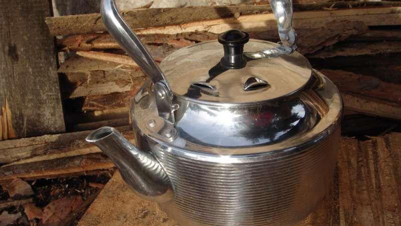 Руски чайник с вграден нагревател