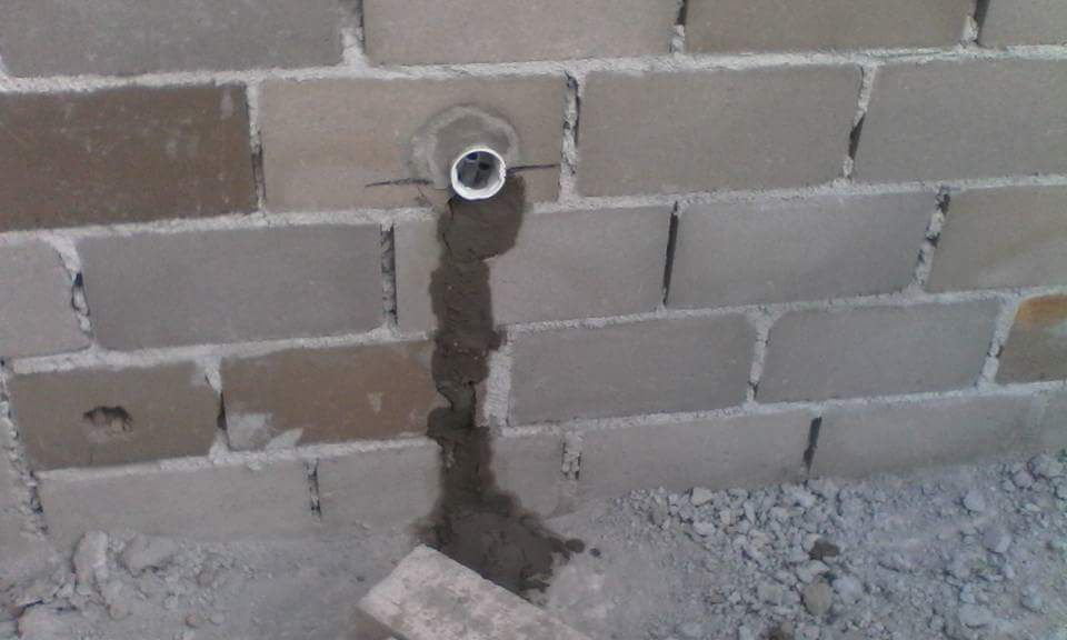 Electricista de construção civil
