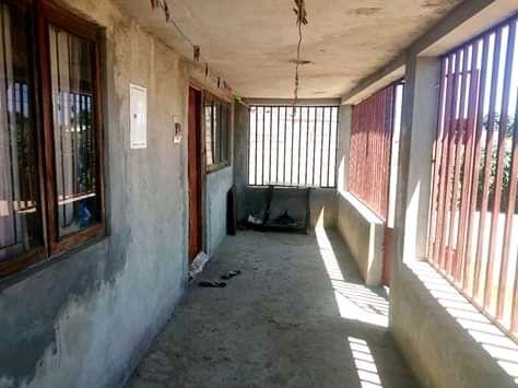 Casa tipo 2 com tudo dentro na zona de boquisso paragem chilengue