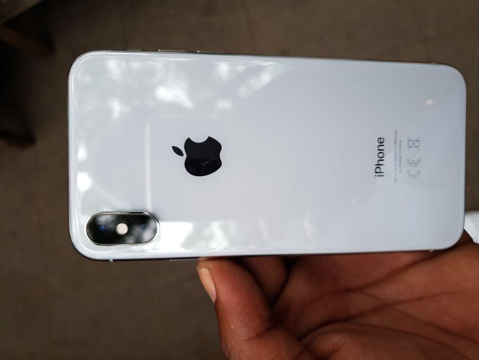 Iphone X 64gb clean