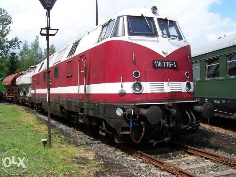 Piko Br118 / Пико дизелов локомотив Дб Бр118