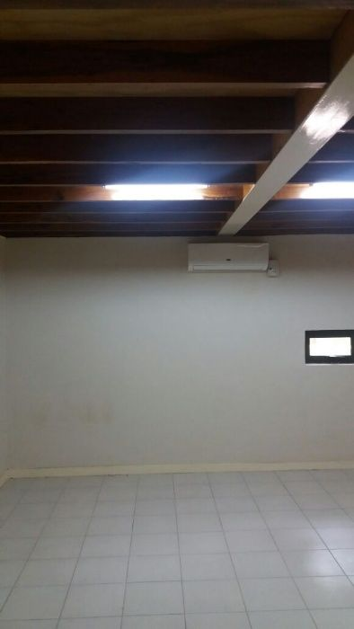 Vende-se um condomínio no bairro das Mahotas Bairro - imagem 1