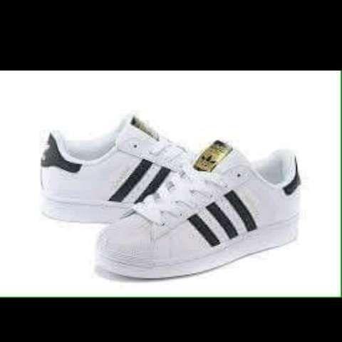 9c1486db8f9 Adidas Superstar - Calçado em Luanda - olx.co.ao