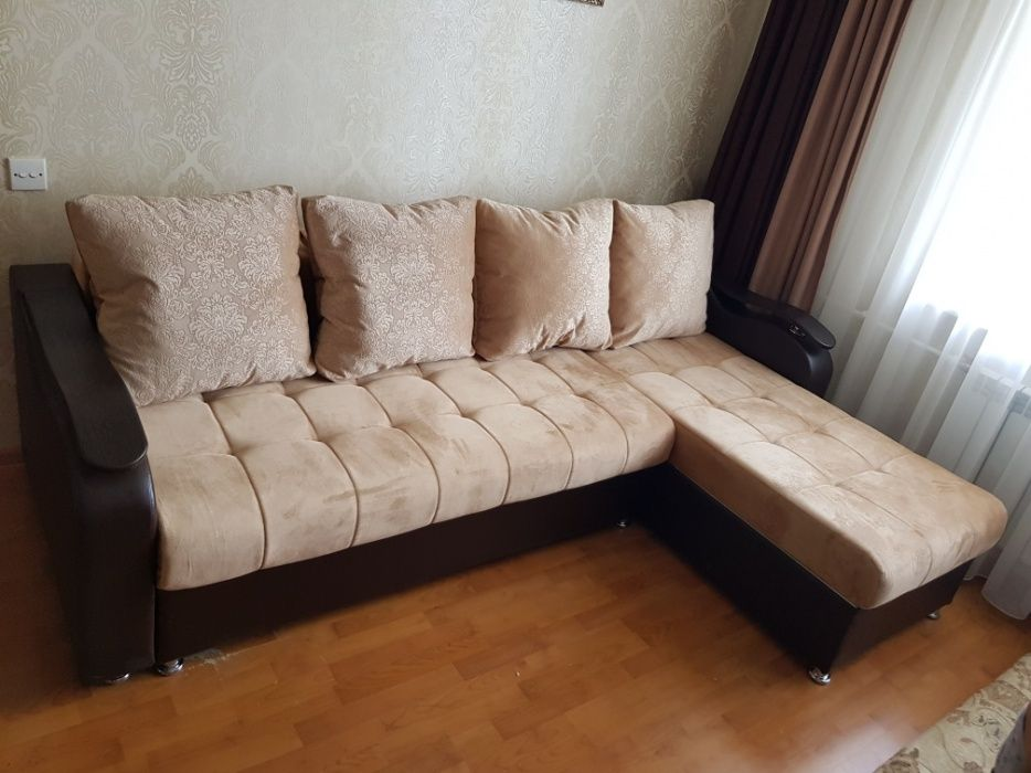 Угловой диван(трансформер)