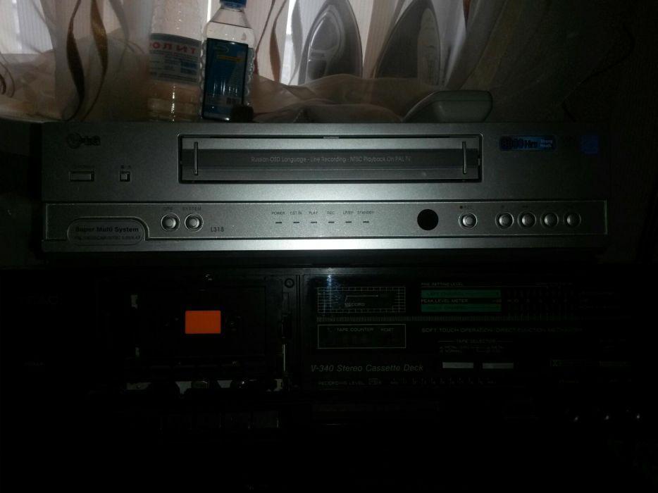 Видео-магнитофон LG