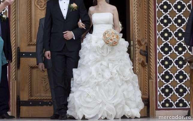 rochie de mireasa si accesorii unicat
