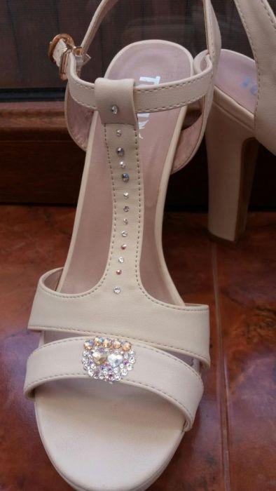 Sandale speciale de mireasa