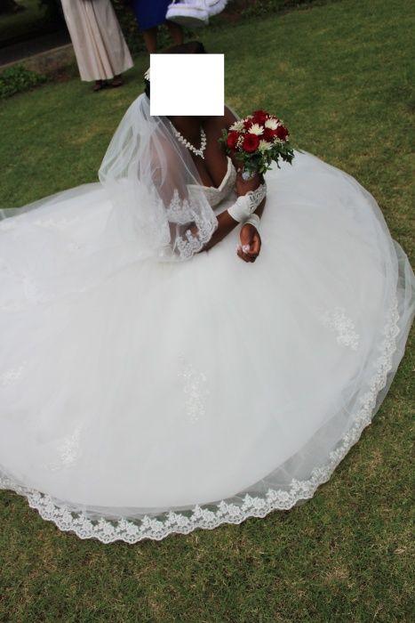 Vendo vestido de noiva princesa Polana - imagem 2