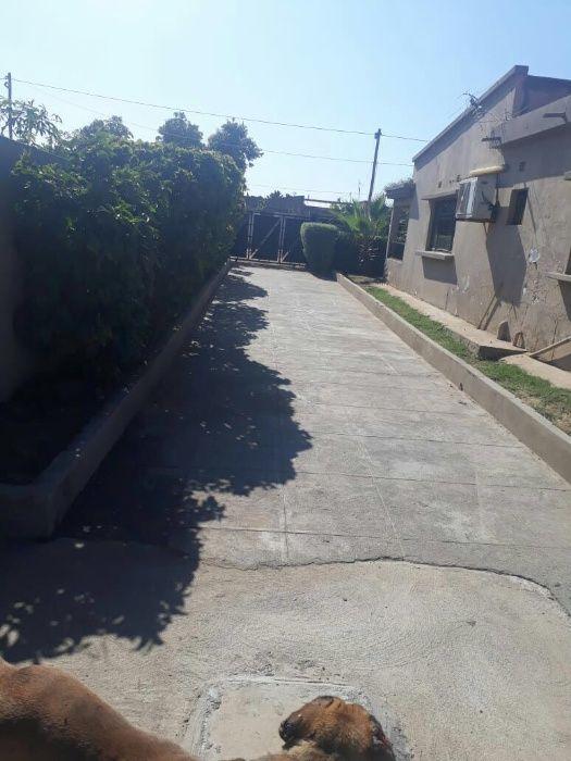 Moradia de 3 dormitórios a arrendar-se no Bairro de khongolote 1