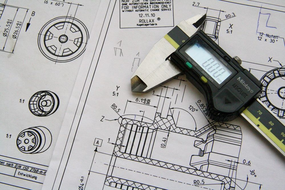 Prelucrari mecanice prin aschiere dupa documentatie tehnica sau model