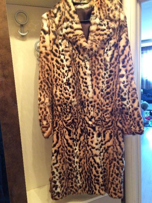 Елегантно дълго палто от естествена кожа