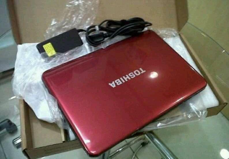 Computador Toshiba Avenda