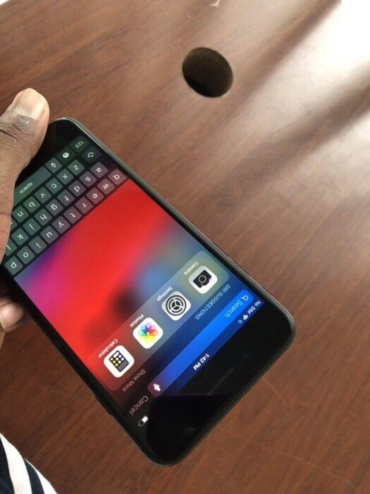 iPhone 7 Plus com 128gigas com a respectiva caixa. Telemóvel super li Malhangalene - imagem 1