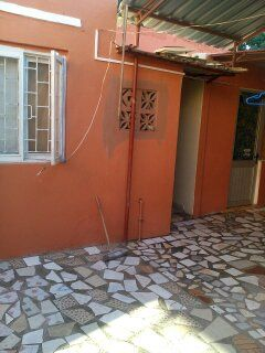 Vendo Alta vivenda T3 com 3 anexos na Malhangalene.APROVEITE Bairro Central - imagem 2