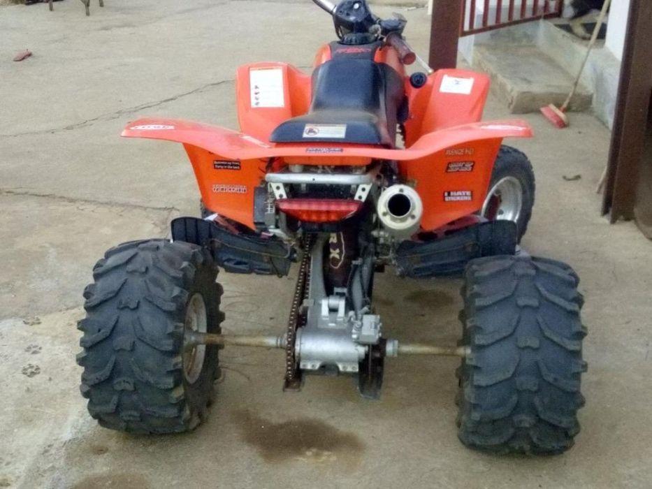 Vendo mota de 4 rodas Honda trx400.