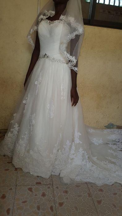 Vendo este vestido de noiva