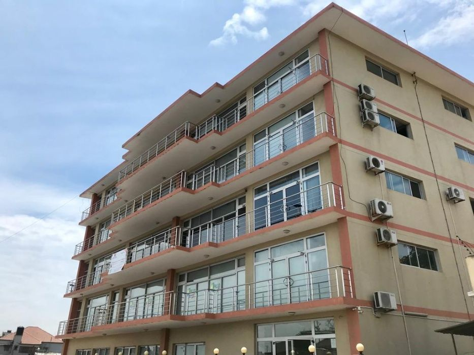 Excelente escritórios no bairro da Malhangalene