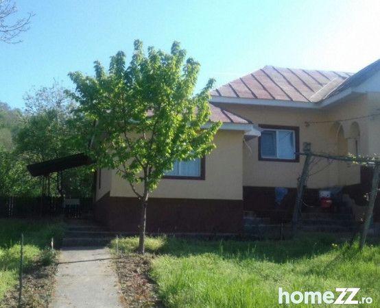 Vanzare  casa  3 camere Gorj, Plopsoru  - 26050 EURO