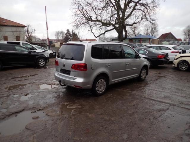 НА ЧАСТИ! VW Touran 1.4TSI, 150 кс. DSG, Ecofuel, 2014 г, Заводски