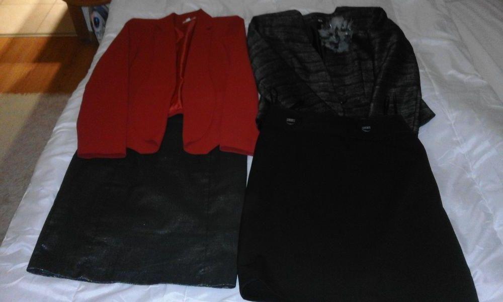 0a18d9fa455 Изтекли обяви: Черен костюм на Марк и Спенсър. И 2 поли и сако за ...