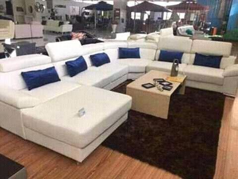 Loja mobilhas esta a comerçializar cadeirão L maior.
