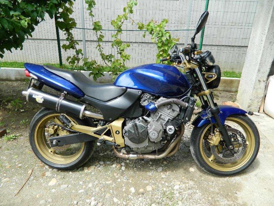 Dezmembrez Vand Piese Honda Hornet 600 pc34 2000-2002