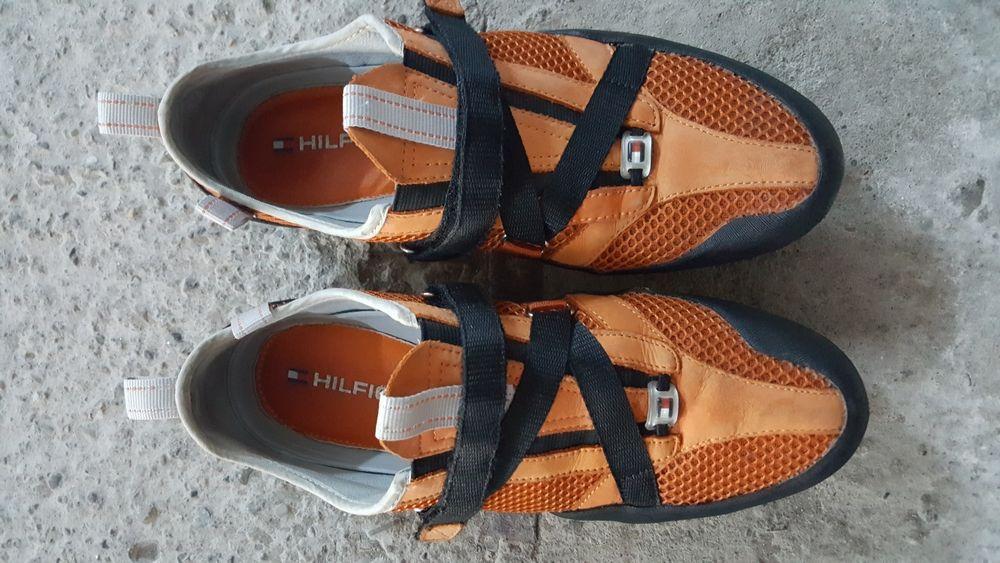 Adidasi Tommy Hilfiger