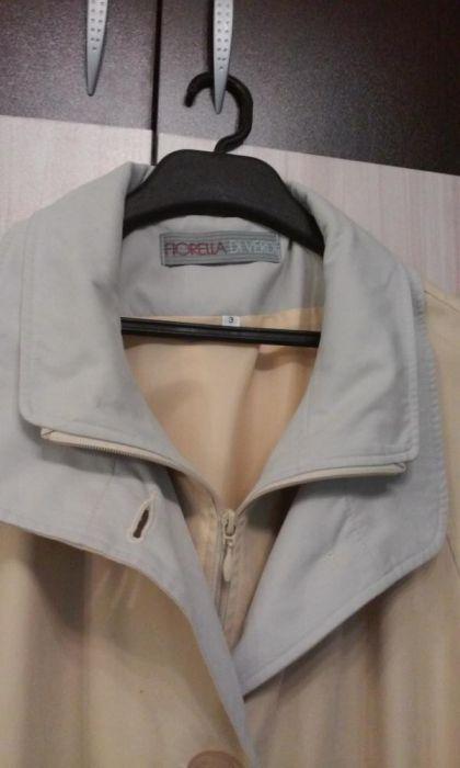 Продавам дамски джемпър (шлифер) №52-54, светъл (два цвята комбина)