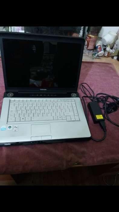 laptop toshiba satellite a200-1m4