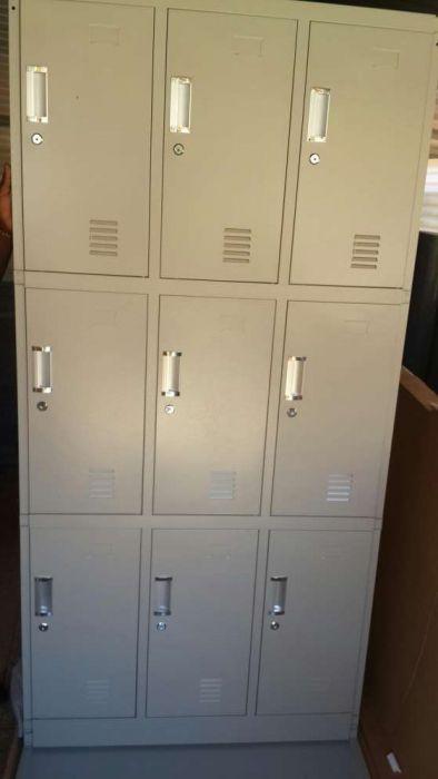 Cacifos metálico cor cinza de 8 porta Produtos novo na caixa.