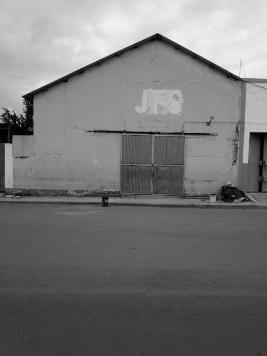 Armazém na Baixa da Cidade, localizado na Avenida Zedequias Manganhela