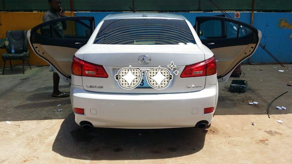 Lexus IS 250 Cilindrada 2.5 Motor