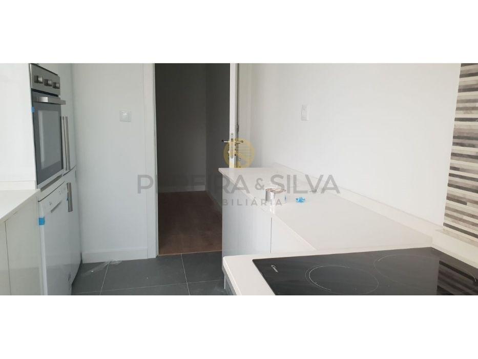 Apartamento T2 + 1
