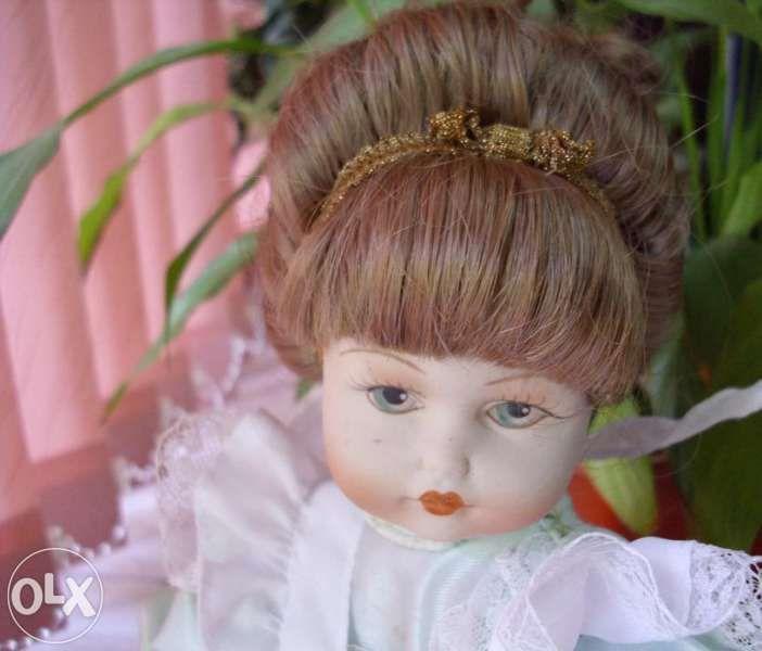 Рядка порцеланова кукла Saba - Italy