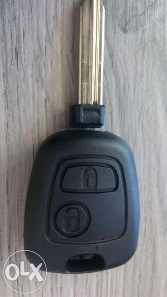 Кутийка ключ Citroen(Ситроен Xsara-Xantia-Berlingo-Picasso-Saxo