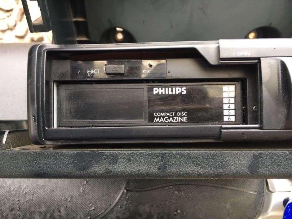 Magazie 6 cd-uri Phillips cu suport