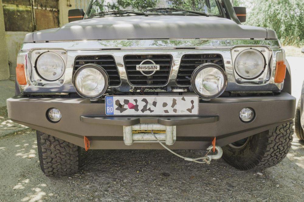 Confectionez bara fata-spate Nissan Patrol Y60