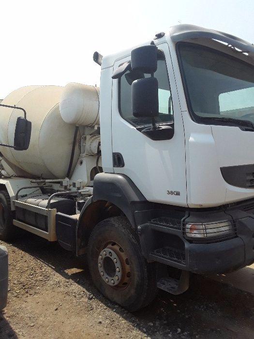 Vendo Camião betoneira RENAULT