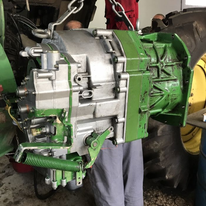 reparatie reconditionare sasiu transmisie John Deere