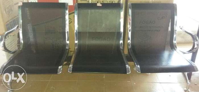 Cadeiras para aguardar tranquilo 3 lugares