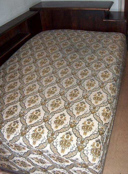 divan dormitor, cu ladă aşternut şi noptieră înglobate, vintage
