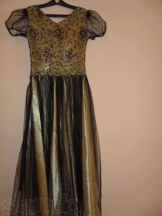 Продам вечерняя платья